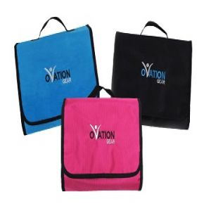 Ovation Gear Hanging Cosmetic Bag 2603